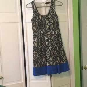 Great summer dress with a pop of blue!